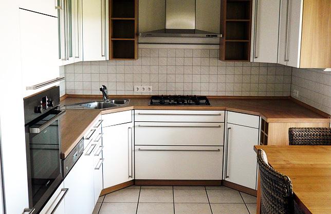 k chen inholz montagen stefan sitzius. Black Bedroom Furniture Sets. Home Design Ideas